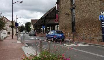 La rue principale permet de relier Bussy-Saint-Georges et Torcy