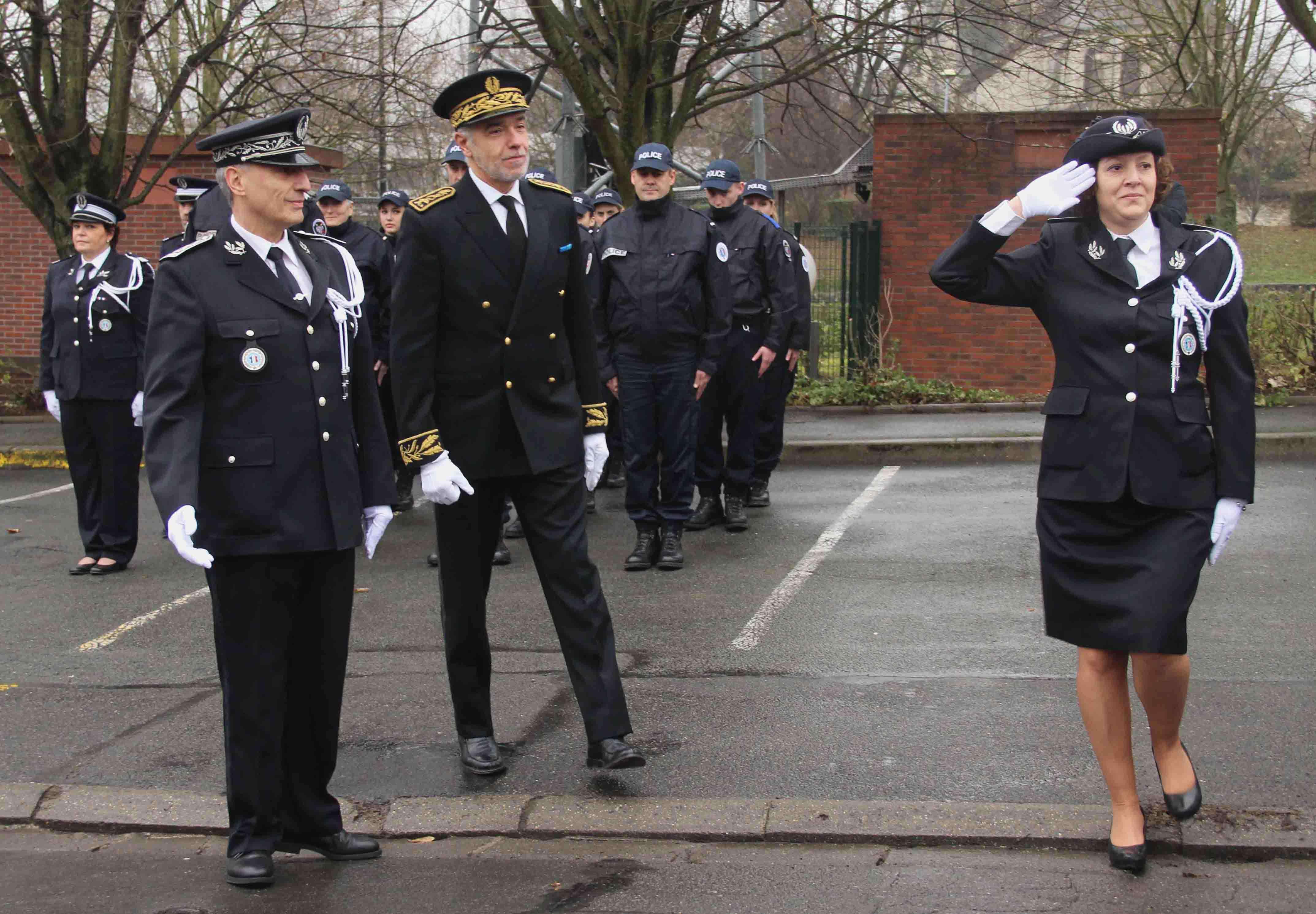 Chelles le nouveau commissaire laetitia berkane a pris - Grille de salaire commissaire de police ...