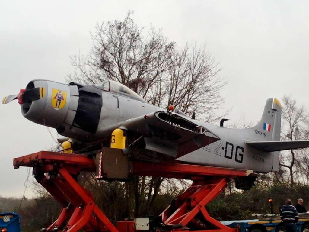 Monthyon, avion Skyraider